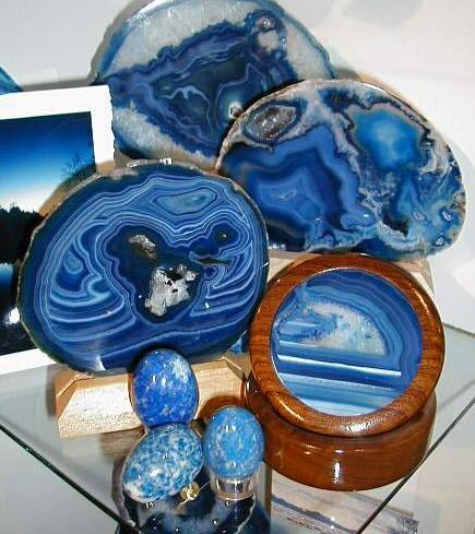 Agate slices and stone eggs
